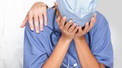 Почему врачи становятся черствыми и бессердечными