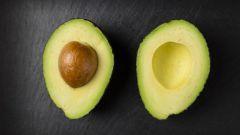 Как выбрать спелое авокадо