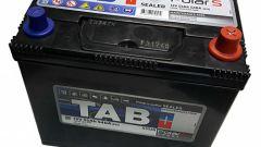 Можно ли заряжать аккумулятор на машине, не снимая клеммы