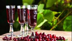 Ликер из вишневых листьев: пошаговые рецепты с фото для легкого приготовления