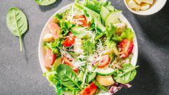 Салаты с пармезаном: пошаговые рецепты с фото для легкого приготовления