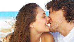 Можно ли целоваться при герпесе на губах