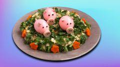 Украшение новогоднего стола - поросята из яиц