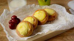 Творожные ватрушки из сушки: десерт на скорую руку для лентяев
