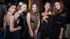 Костюмы Чикаго для женщин: как создать модный образ?