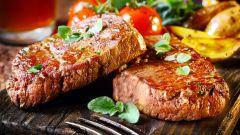 Свиной карбонат в фольге в духовке: пошаговые рецепты с фото для легкого приготовления