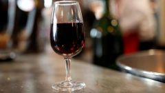 Полезно ли пить бокал вина в день