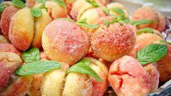 Как приготовить пирожные «Персики»