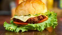 Как приготовить сочный гамбургер