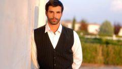 Мехмет Акиф Алакурт: биография, творчество, карьера, личная жизнь