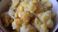 Жареная картошка с кукурузой - бюджетный вариант ужина на быструю руку