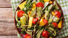Как приготовить салат из манго и киви