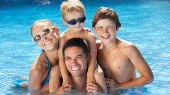 Как отдохнуть в бассейне семьёй