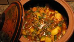 Как приготовить тушеную говядину с овощами в горшочках