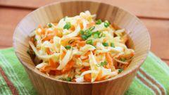 Как сделать салат из капусты и моркови с черносливом