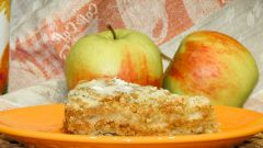 Как испечь насыпной пирог с яблоками