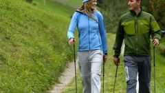 Как заняться скандинавской ходьбой
