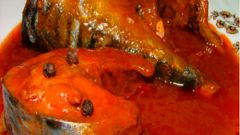 Как приготовить скумбрию в томатном соусе