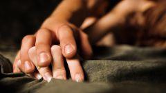 Можно ли заниматься интимной жизнью во время месячных