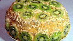 Как испечь торт с киви и бананами