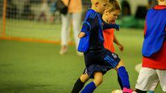Стоит ли отдавать дошкольника в футбольную секцию