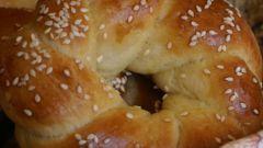Как приготовить вкусные булочки из дрожжевого теста: простой пошаговый рецепт