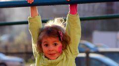 Как научить ребенка подтягиваться на турнике