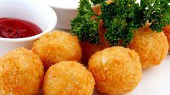 Как приготовить сырные шарики во фритюре