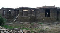 Как построить дом из арболита монолитным способом