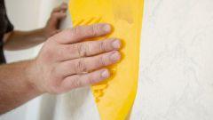Шпатель для обоев: выбор изделий для жидких и рулонных покрытий