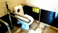 Туалет для инвалидов: домашние переносные приспособления