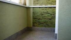Отделка балкона штукатуркой: какой состав выбрать для декоративной облицовки