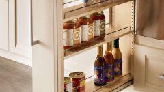 Бутылочница для кухни: как выбрать конструкцию
