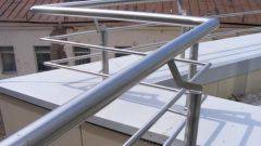 Парапет на крыше: подбор и установка