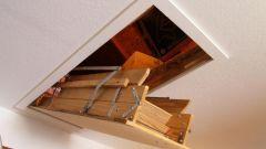Как сделать потолочную лестницу