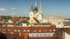 Хорватия. Загреб. Обязательная к посещению достопримечательность — кафедральный Собор Девы Марии