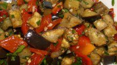 Как приготовить овощной салат на зиму