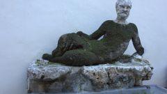 Италия. Римская достопримечательность – необычный маленький фонтан