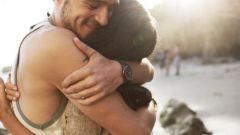 Как объятия укрепляют семью