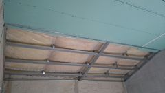 Как своими руками сделать монтаж гипсокартона на потолок и стены
