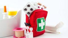 Что положить в дорожную аптечку при поездке с детьми