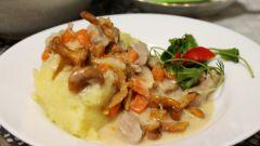 Как приготовить мясо в сливочном соусе с грибами