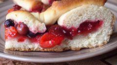Как приготовить вкусный пирог со свежими ягодами в духовке
