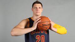Тимофей Мозгов: биография баскетболиста