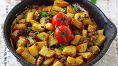 Как приготовить тушеную картошку с фаршем