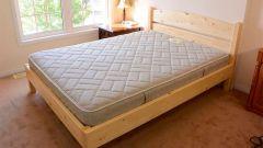 Как сделать деревянную кровать для дачи