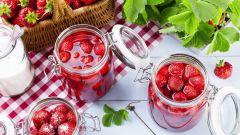 Как приготовить клубнику в собственном соку на зиму