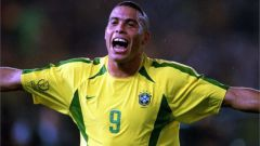 Луис Роналдо, футболист: биография, спортивная карьера