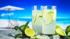 Как сделать лимонад из фруктов и ягод