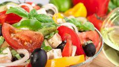 Салаты с маслинами: лучшие рецепты